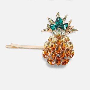 Gold & Green Pineapple HairPin
